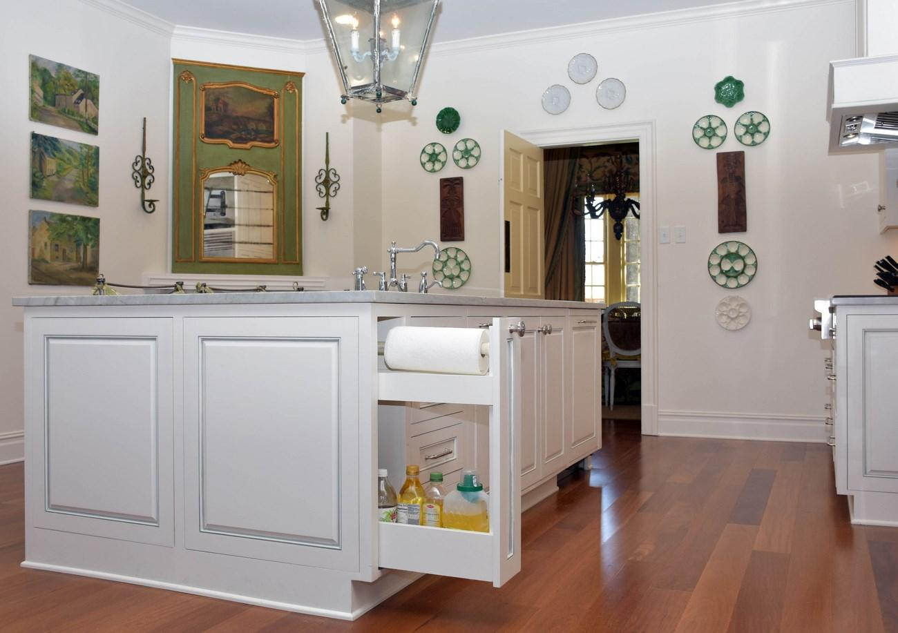 Enjoy Beautifully Hand Crafted Kitchen Cabinets